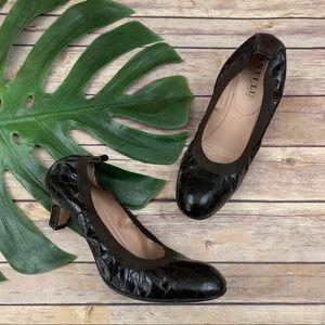 Anyi Lu brown crocodile leather scrunch pump heels
